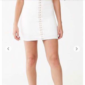 White hook & eye mini skirt